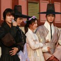 Pemeran Drama 'Love in the Moonlight' Tepati Janji Gelar Jumpa Fans