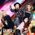 Penampilan Mamamoo Nyanyikan Lagu 'You're the Best'