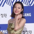 Han Ye Ri di Red Carpet Blue Dragon Awards 2016