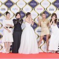 Tiffany cs Hadir Wakili Acara 'Sister's Slam Dunk' di Red Carpet KBS Entertainment Awards 2016