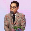 Yoon Jong Shin Raih Piala Special Award for Music and Talk Shows