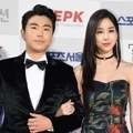 Lee Si Eon dan Kim Joo Ri di Red Carpet Seoul Music Awards 2017
