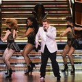 Aksi Nge-rap James Corden di Panggung Grammy Awards 2017