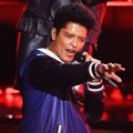 Bruno Mars Nyanyikan Lagu 'That's What I Like'