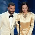 Jamie Dornan dan Dakota Johnson di Oscar 2017