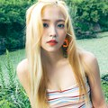 Yeri Red Velvet Photoshoot Mini Album ke-5 Berjudul 'The Red Summer'