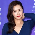 Honey Lee di Red Carpet Seoul Awards 2017