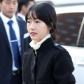 Lee Jung Hyun Hadir di Pernikahan Song Song Couple