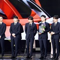 EXO Terima Penghargaan di Korean Popular Culture & Arts Awards Ceremony 2017