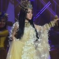 Syahrini Tampil di HUT Global TV ke-15