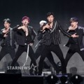Monsta X Nyanyikan 2 Lagu andalan 'Beautiful' dan 'Dramarama' di Asia Artist Awards 2017