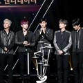 Monsta X Raih Piala Best Entertainer