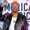 Nick Cannon tampil eksentrik di American Music Awards 2017