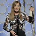 Allison Janney Raih Piala Best supporting actress in a motion picture (drama)