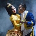 Angel Lelga dan Vicky Prasetyo Ditemui Saat Pre-Wedding Bertema 'Beauty and The Beast'
