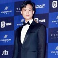 Jo Woo Jin datang sebagai nominasi peraih Best Supporting Actor Film di Baesang Art Awards 2018.