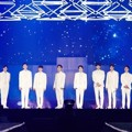 Penampilan EXO di konser The ElyXiOn [dot].