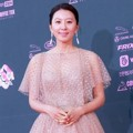 Kim Hee Ae di red carpet The Seoul Awards 2018.