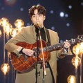 Penampilan Roy Kim di Melon Music Awards 2018