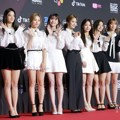 Fromis 9 di Red Carpet MAMA 2018 Korea