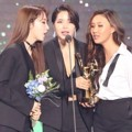Mamamoo sukses meraih piala Bonsang di Golden Disc Awards 2019 divisi digital.