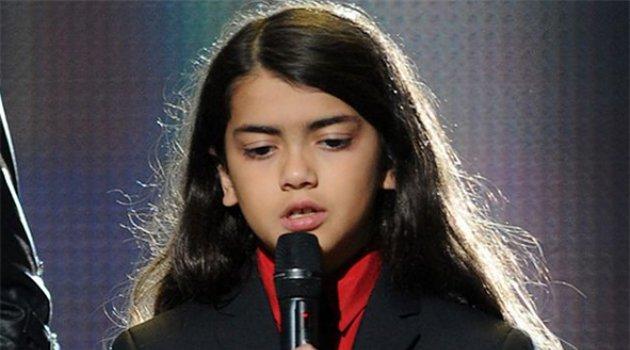 Dulu Diayunkan di Balkon Kini Anak Michael Jackson Sudah SMP  sc 1 st  Wow Keren & Diayunkan di Balkon Kini Anak Michael Jackson Sudah SMP