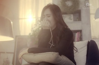 Yuri SNSD Putus Cinta di MV Supreme 'Without You'