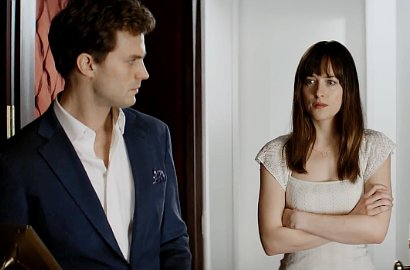 Jamie Dornan Menutup Mata Dakota Johnson di Video 'Fifty Shades of Grey'