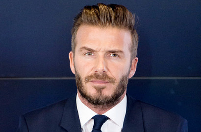 David Beckham, Tom Cruise dan Guy Ritchie Lakukan Aksi Selfie Ekstrem