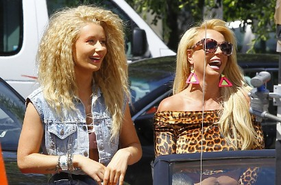 Britney Spears dan Iggy Azalea Akan Duet 'Pretty Girls' di Billboard Awards?