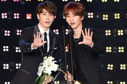 Duo Eunhae Raih Penghargaan di Asia Model Awards 2015