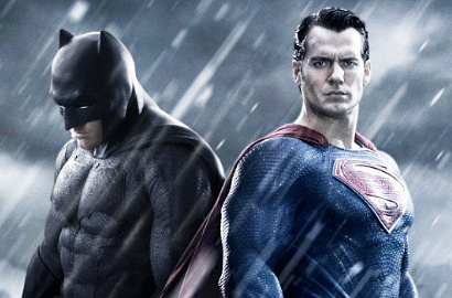 Henry Cavill-Ben Affleck Berhadapan di Foto 'Batman v Superman: Dawn of Justice'