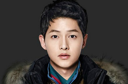 Wow, Song Joong Ki Siap Main Baseball Bareng Tim Idolanya
