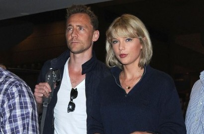 Senyum Sumringah, Tom Hiddleston Gandeng Mesra Taylor Swift di Depan Publik