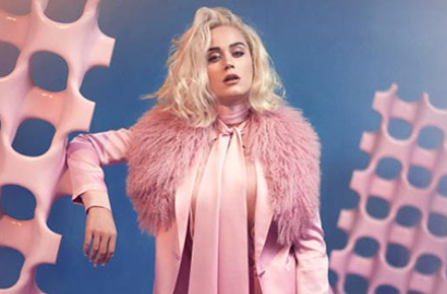 Bernuansa Futuristik, Katy Perry Sindir Donald Trump dalam MV 'Chain to the Rhythm'