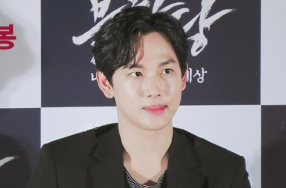 Tampil Santai, Siwan Siap Ke Festival Cannes Demi 'The Merciless'