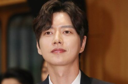 Jadi Mahasiswa Rajin, Begini Pesona Park Hae Jin di Film 'Cheese in The Trap'