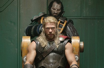Gusur Film-Film Horor Usai Halloween, 'Thor: Ragnarok' Kuasai Box Office