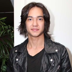 Adipati Dolken Profile Photo