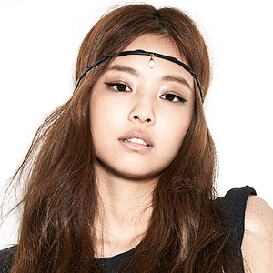 Jennie Profile Photo