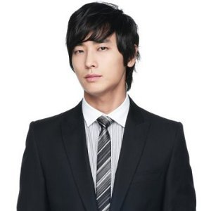 Joo Ji Hoon Profile Photo