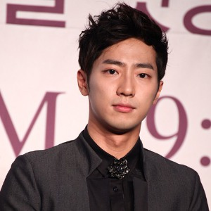 Lee Sang Yeob Profile Photo