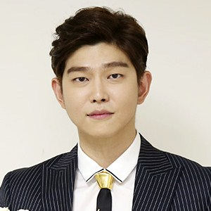 Yoon Kyun Sang Profile Photo