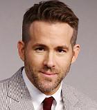 Ryan Reynolds Terpilih Jadi Ayah Terseksi Sedunia