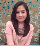 Prilly Latuconsina Jadi Supir Angkot Cantik di FTV Baru