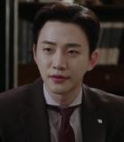 Junho 2PM Pede Jadi Tahanan Penjara di 'Chief Kim'