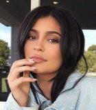 Kylie Jenner Sebut Sang Anak Mirip Dengannya