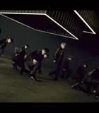 Wanna One Pamer Dance Kece di MV 'Boomerang'