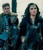 Gal Gadot Dan Chris Pine di Sekuel 'Wonder Woman'